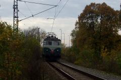 2004 / 10 29 - Olomouc Nové Sady, 140089 na Os přes most, podzim
