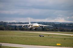 2020 - 10 15 - Brno, Letošní sezóna na letišti a přílet letadla Antovov 124 do Brna