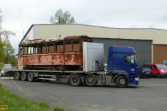 2017 - 04 30 - Odvoz vraku tramvaje 1134 na renovaci