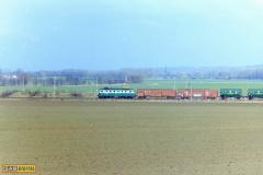 2000 - 04 01 - Nezamyslice, 140089 nákladní a Olomouc 141055 na R