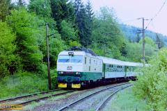2000 - 05 06 - Přerov a Horní Lideč 140059 na R Fatra a 87 na Os