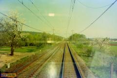 2001 - 05 01 - Olomouc, 140085 v zatáčce, trať