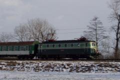 2005 - 02 26 - Olomouc Nové Sady, 140085 a 89 na Os, sníh