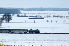 2009 - 02 25 - Kraličky, 140085 na Sp v poli se sněhem